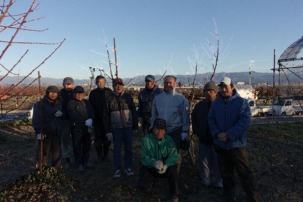 農業研究会、苗木植え付け、冬季剪定講習会に参加してきたよ!